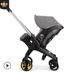 عربة طفل 3 في 1 مع مقعد سلامة السيارة السرير حديثي الولادة المحمولة خفيفة الوزن قابلة للطي عربة طفل عربة 4 في 1