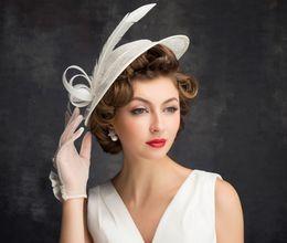 $enCountryForm.capitalKeyWord NZ - Spring and summer new women's top hat fashion feather decoration linen beige fashion hat retro lady hat