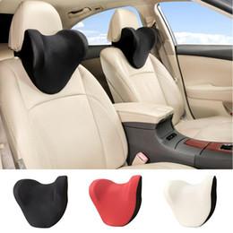 Assento 1PCS Car Neck Pillow U Forma Car Headrest Almofadas Memória Neck Encostos Auto assento cabeça de suporte Auto Acessórios Interior em Promoção