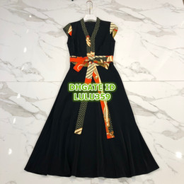 $enCountryForm.capitalKeyWord Australia - Women Brand Brief Geometric Dress With Belt Ribbon High-End Custom Sleeveless Shirt Mid-Calf Summer Dress 2019