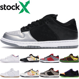 panda fabrics Canada - SB Dunk Low Woman Men Metallic Sliver Trainers Valentine's Day White Black Diamond Purple Lobster Panda Pigeon Night of Mischie Casual Shoes
