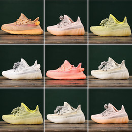 $enCountryForm.capitalKeyWord NZ - HOT Cheap Baby Kids Kanye-West Children Athletic Shoes Boys Running Shoes Girls Casual Shoes Baby Training Sneakers Size 28-35