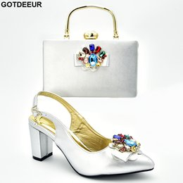 Match Blocks Australia - New Women Shoes and Bags To Match Set Italy Sales In Women Matching Shoes and Bag Set Crystal Wedding Pumps Block Heel
