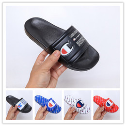 Wholesale 2019 New Arrival Champions Flip Flops for Good quality Fashion Slippers Men s Women Summer Beach Slipper Black Red Casual Sandals Size