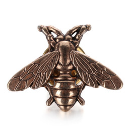 cb30c0fe9b6 1 2Pcs Vintage Cute Bees Brooch Pins Gold   Silver Color Insect Brooches  For Men Women Deer Antlers Head Pin Fashion Jewelry