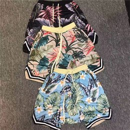 Discount god flowers - Fear Of God Shorts 19SS New Summer Men Flower Leaves Print Floral Beach Mesh Shorts Fashion Casual Fear Of God