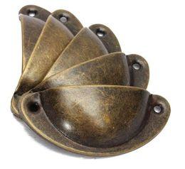 $enCountryForm.capitalKeyWord NZ - Antique European Ancient Iron Skin Vintage Cabinet Knobs Drawers Shellfish Semicircle Furniture Resistance Brass Shell Pull Handles