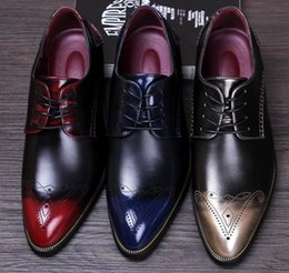$enCountryForm.capitalKeyWord Australia - Fashionable Color matching Men's Dress Shoes Block carving Oxford Shoes Party Wedding sheos Male loafers