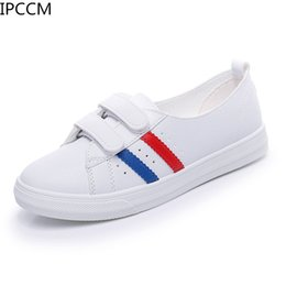 Discount rubber nursing shoes - Female 2019 New Spring Korean Version Of Non-slip Breathable Simple Nurse Soft Bottom Low To Help Flat Lazy Little White
