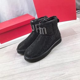 rhinestone tubes Australia - warm sheepskin sequins boots Winter Australian women's fashion snow boots the most stylish women in the tube boots