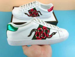 Высокое качество дизайнерская обувь зеленый красный белый змея натуральная кожа веб-дизайнер кроссовки роскошные бренды Мужчины Женщины Повседневная ace обувь size35-46 на Распродаже