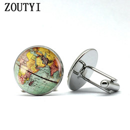 $enCountryForm.capitalKeyWord Australia - 2018 Retro Earth World Map Cufflinks Global Planet Art Photo Crystal Glass Dome Shirt Cuffs