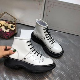 women lace up booties NZ - Hot Sale-Designer shoes women's Round Toe Martin booties TREAD LACE UP BOOT mq boot luxury designer women boots fashion lady Bottes