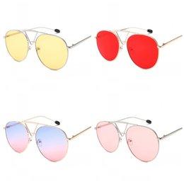 Modelado de trípode Gafas de sol Hombre Mujer Gafas Retro Metal Gafas Moda Street Beat Pink Yellow Ventas directas de fábrica 14 pl