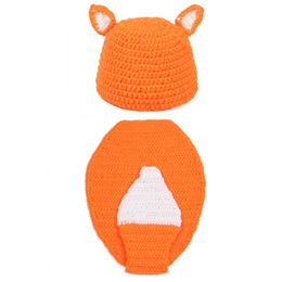 crochet baby animal outfits UK - Adorable Baby Fox Outfit,Handmade Knit Crochet Baby Boy Girl Animal Fox Beanie and Cape Set,Infant Newborn Halloween Photo Prop