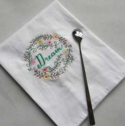 Wholesale Embroidered Napkins Letter Cotton Tea Towels Absorbent Table Napkins Kitchen Use Handkerchief Boutique Wedding Cloth 5 Designs WZW-YW3845