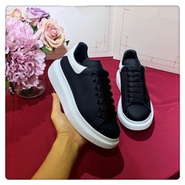 $enCountryForm.capitalKeyWord Australia - 2019 Designer shoes for women men fashion leather sneakers 3M reflective black white velvet Thick-soled flat Height casual shoe xsd8220