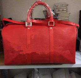 $enCountryForm.capitalKeyWord Australia - 2017 new fashion red black men women travel bag duffle bag, brand designer luggage handbags large capacity sport bag 45CM