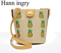 $enCountryForm.capitalKeyWord NZ - HANN INGRY Fashion Simple Bucket One Shoulder Bag Lady's Hand-Made Straw Bag Summer Bohemian Style Small Lightness Handbag H341D