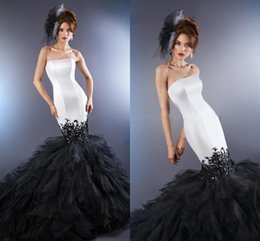 $enCountryForm.capitalKeyWord Australia - Sexy Black And White Mermaid Applique Cheap Wedding Dresses Bridal Gowns Sweetheart Corset Back Lace Ruffles Tulle Satin Wedding Gowns