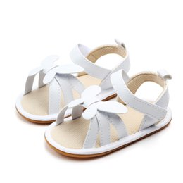 Buckle Fists Australia - Kids Fist Walk Shoes Princess Girls Newborn Summer Shoes Infant Baby Bowkont Anti-slip Shoes Soft Sole Squeaky Single Sneaker