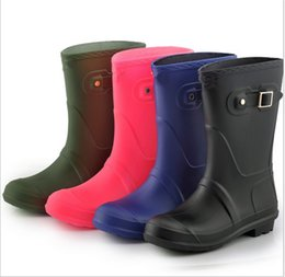 $enCountryForm.capitalKeyWord Australia - Brand Women Mid-Calf Rain Shoes Autumn Winter Waterproof Antiskid Rain Boots Designer Wellies Girls Ladies Rubber Low Heel Rainboots C8604