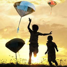 Fun Games Outdoors Australia - Fashion Gag Toys Hand Throwing Mini Play Soldier Parachute Toys For Kids Outdoor Fun Sports Children's Educational Parachute Game
