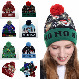 Wholesale Novelty LED Christmas Knitted Hat Fashion Xmas Light up Beanies Hats Outdoor Light Pompon Ball Ski Cap TTA1505