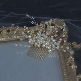$enCountryForm.capitalKeyWord Australia - 18*9.5 cm 1 Pcs Wedding Prom Bridal Bride Pearl Gold Comb Hair Accessories Party Prom Tiaras Headpiece Hair Clip Pins Handmade Jewelrys