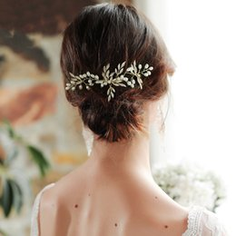 $enCountryForm.capitalKeyWord Australia - 2019 Wedding Bridal Hair Accessories Pearl Hair Clip Alloy Leaves Handmade Simple Hair Comb Jewelry for Women