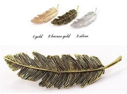 Wholesale Metal Leaf Shape Hair Clip Barrettes Crystal Pearl Hairpin Barrette Color Feather Hair Claws Hair Styling Tool