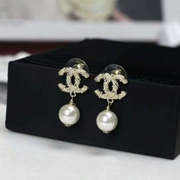 Wholesale 2019 new high quality designer pendant earrings brass earrings with diamonds and pearl Dangle of jewelry