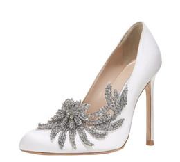$enCountryForm.capitalKeyWord Australia - 2019 new spring summer Elegant styles women shoes Rhinestone high heels crystals pointed toe mesh Pumps woman red sole wedding shoes