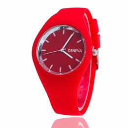 Candy Colored watChes online shopping - Perfect Gift watches for women Leisure Sports Candy colored Jelly quartz watch Silicone Strap ladies bracelet watch