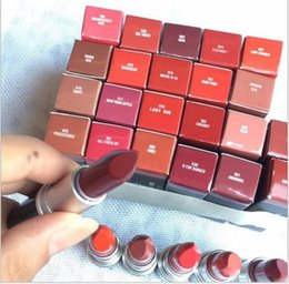 2019ホットブランドMCサテンリッツスティックルージュA 13色光沢のあるブランドの口紅シリーズ番号新しいパッケージ