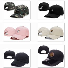 e4825d633a3 2019 New Style Baseball Cap Cayler   Sons Cotton Hat Fashion Golf ball Caps  For Men Dad Hat Justin Bieber Cartoon Sports Sunhat TYA2