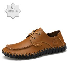 Discount boat shoes business casual - New Handmade Leather Shoes Men's Casual Breathable Boats Oxford Business Shoelaces Men's of Luxury Flat Shoes