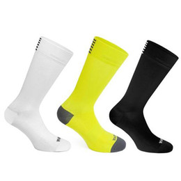 professional soccer socks 2019 - Sports socks for competitions High quality Professional brand sport socks Breathable Road Bicycle Socks Outdoor Sports R