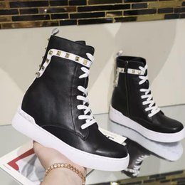 $enCountryForm.capitalKeyWord Australia - Women s shoes free shipping fashion brand high quality leather and heavy-duty soles comfortable leisure lady designer boots