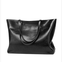 Chinese  2018 new fashion women handbag atmosphere all-purpose single-shoulder crossbody bag large bag PU lady flap bag for versatile manufacturers