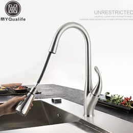 Faucet Kitchen Shower Australia - Brushed Nickel Kitchen Sink Mixers One Handle Stream Sprayer Shower head Deck Mounted Pull Out Kitchen Faucet Pull Down Hot Cold