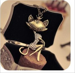 Hot Sexy White Dresses Australia - 2019 Hot Sale Fashion Jewelry Vintage Necklace Sexy Fox Pendant Necklace Female Necklace for Sweater Dress N19