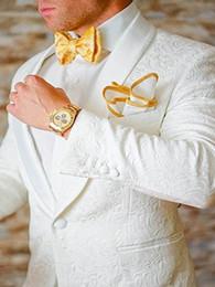 Beige Slim Suits For Men Australia - Men 2018 White Pattern Suit Slim Fit Jacquard Suits Men Wedding Suits For Custom Formal 2 Pieces Satin Shawl Lapel Bazer