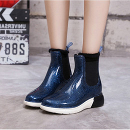 rain boots NZ - Hot Sale- Fashion Flat Rain Boots Women Rubber Slip on Side Outdoor Black Woman Ladies Rainboots Bottes Tenis