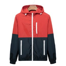 $enCountryForm.capitalKeyWord UK - Windbreaker Men Casual Spring Autumn Lightweight Jacket 2019 New Arrival Hooded Contrast Color Zipper up Jackets Outwear Cheap
