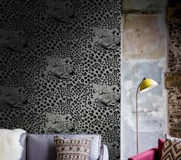 $enCountryForm.capitalKeyWord Australia - Modern minimalist non woven wallpaper Foreign trade explosions silver-gray purple curve bedroom living room grass leaf wallpaper