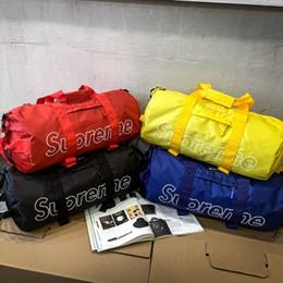 Venta al por mayor de Viajes nylon capacidad grande del bolso de los hombres de la mano del recorrido del equipaje Duffle Bolsas Bolsas fin de semana nylon Mujeres multifuncional bolsas de viaje