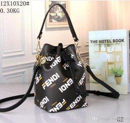 $enCountryForm.capitalKeyWord Australia - best selling 2019 Design Ladies quality Wallet Famous handbag women Crossbody bags Fashion female Leather Shoulder bags