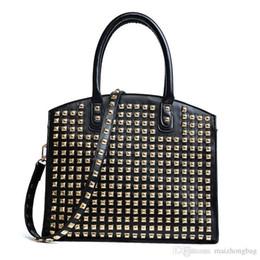 Animal Shaped Ladies Handbags Australia - Nice New Star Same Style Ladies Handbags Single Shoulder Bags Rivet Crossbody Bags Luxury Handbags Flap Shape Pu Leather Wholetied