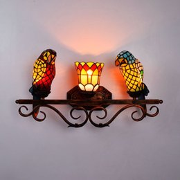 rustic beds Australia - European Style Tiffany Color Glass Parrot Wall Lamp Dinning Room Decoration Bird Iron Mirror Light Rustic Bed-lighting Lamps